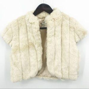 💛 Forever 21 Faux Fur Vest Shrug Holiday